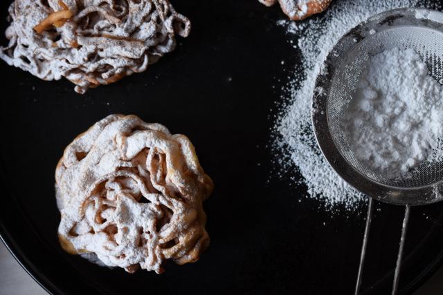 Tippaleipa tortas fritas de Finlandia